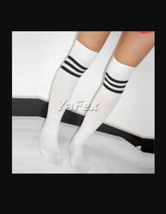 socks knie strümpfe white black black and white gestreift knee high socks over the knee socks