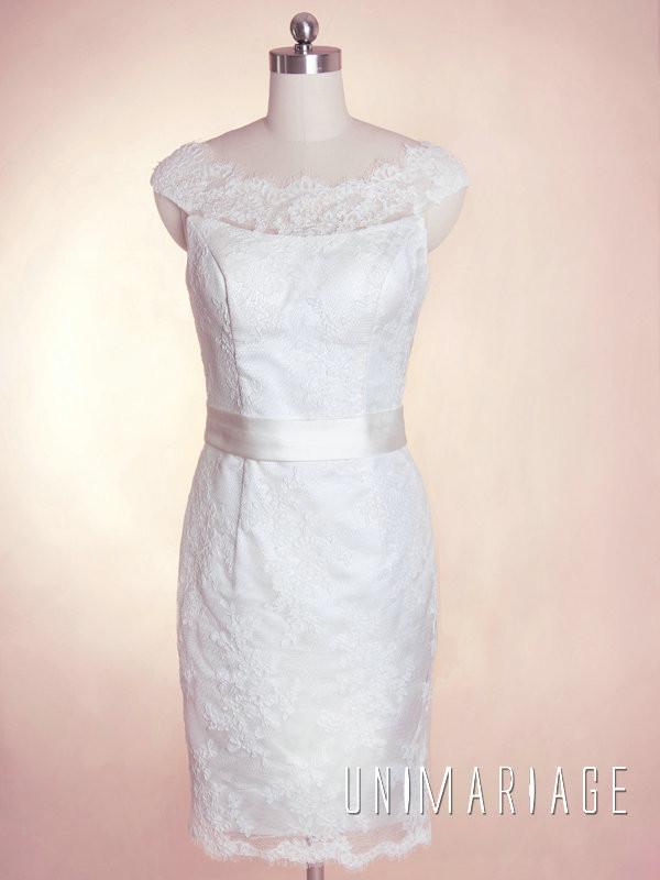 Romantique robe courte dentelle ruban satin gaine uni0395 for Robe romantique dentelle
