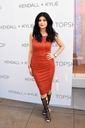 dress,red dress,kylie jenner,sandals,bodycon,summer dress,shoes