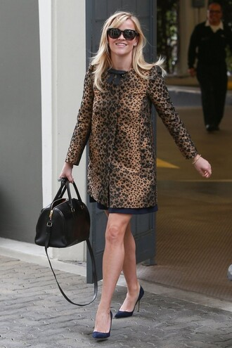 coat reese witherspoon animal print fall outfits bag