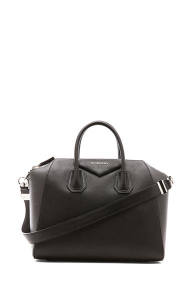Medium antigona bag in black