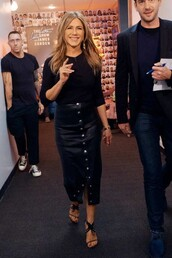 skirt,leather,leather skirt,midi skirt,top,sandals,sandal heels,celebrity,all black everything