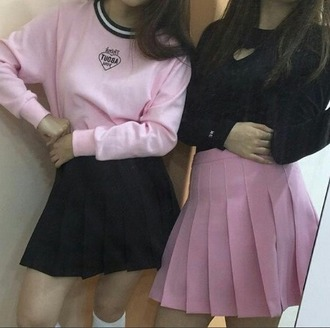 blouse grunge top heart pink pastel goth indie tumblr back to school black dark punk cute aesthetic outfit girly long sleeves soft grunge ghetto up