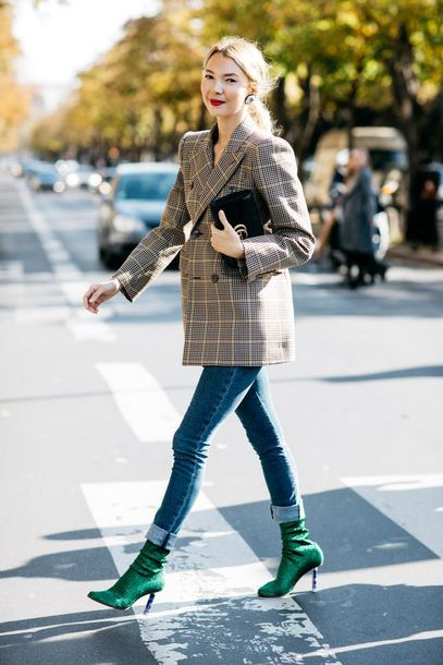 cf4540f37231 jacket plaid blazer plaid blazer denim jeans blue jeans skinny jeans fall  outfits boots sock boots