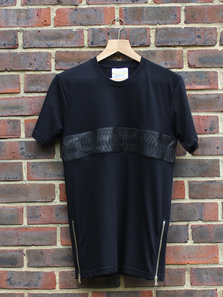 Black Tee With Python Stripe & Gold Zippers                           | Gold Line Fashion