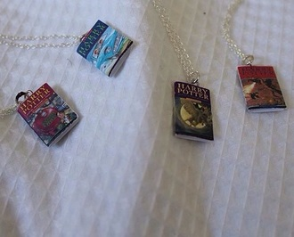 jewels necklace books harry potter