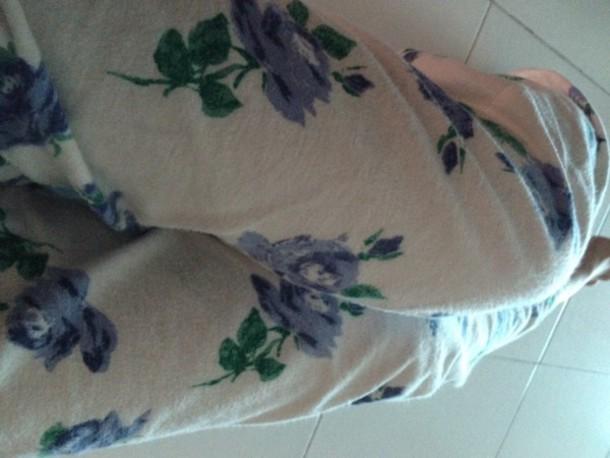 pajamas roses