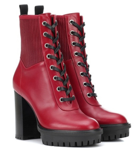 Gianvito Rossi Martis 20 leather ankle boots in red