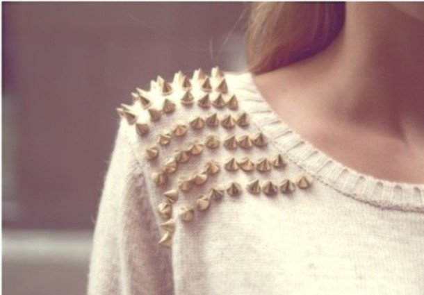 sweater spikes