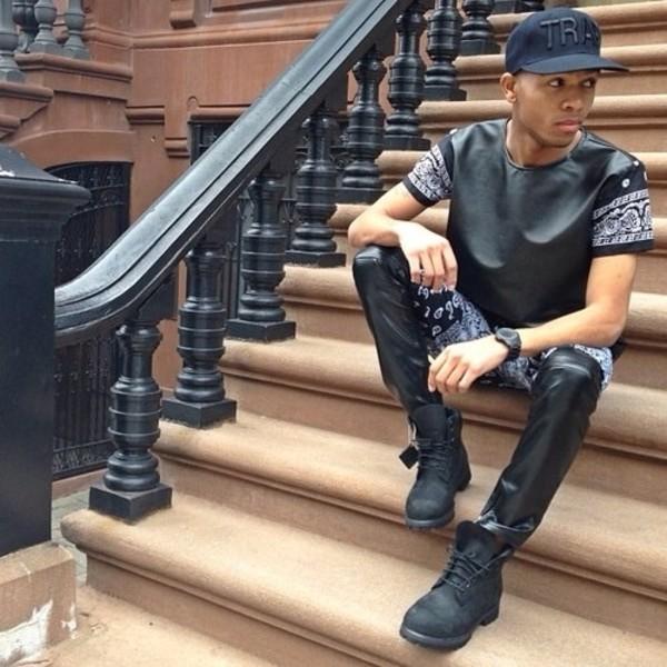 t-shirt black jeans t-shirt t-shirt paisley bandanna