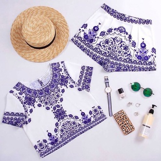 jumpsuit haute rogue set two-piece 2 piece summer set two piece summer set co-ordinates blue and white print crop tops summer cute oriental two piece dress set