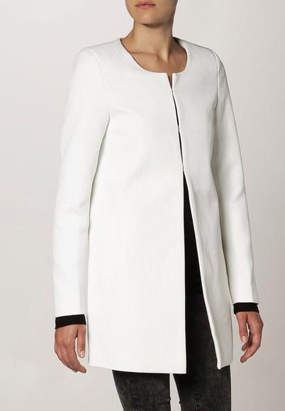 jacket white jacket white white coat jacket help long sleeves long coat long coats