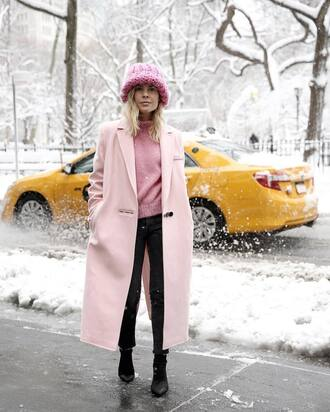 coat tumblr nyfw 2017 fashion week 2017 fashion week streetstyle pink coat long coat sweater pink sweater beanie chunky knit denim jeans black jeans boots black boots winter outfits winter look