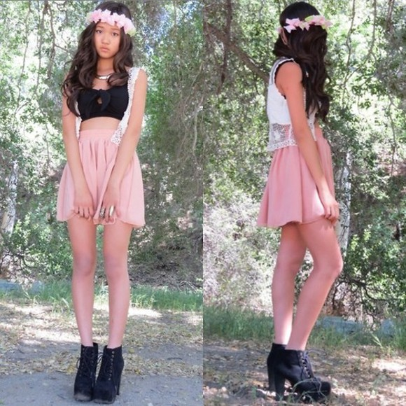 tank top spring fashion high heels skirt cardigan headband sweater crop tops flower headband black suede booties