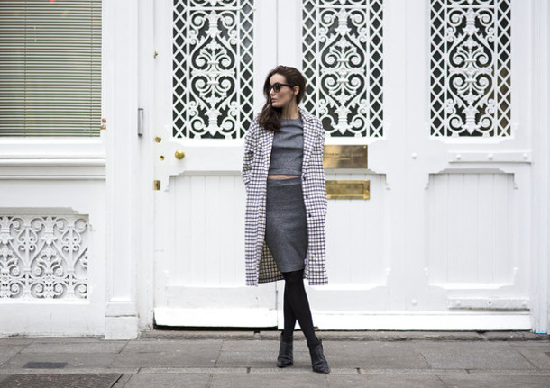 anouska proetta brandon blogger sunglasses coat grey skirt pencil skirt crop tops