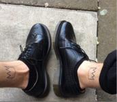 shoes,black,oxfords