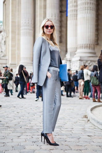 pants grey pants grey top top blazer metallic grey blazer womens suit pumps pointed toe pumps black pumps high heel pumps sunglasses clutch pouch blue pouch blue bag bag streetstyle spring outfits office outfits