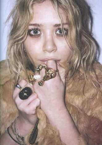 mary kate olsen olsen olsen sisters jewels hat