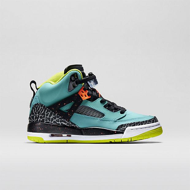 The Jordan Spizike (3.5y-7y) Kids' Basketball Shoe.