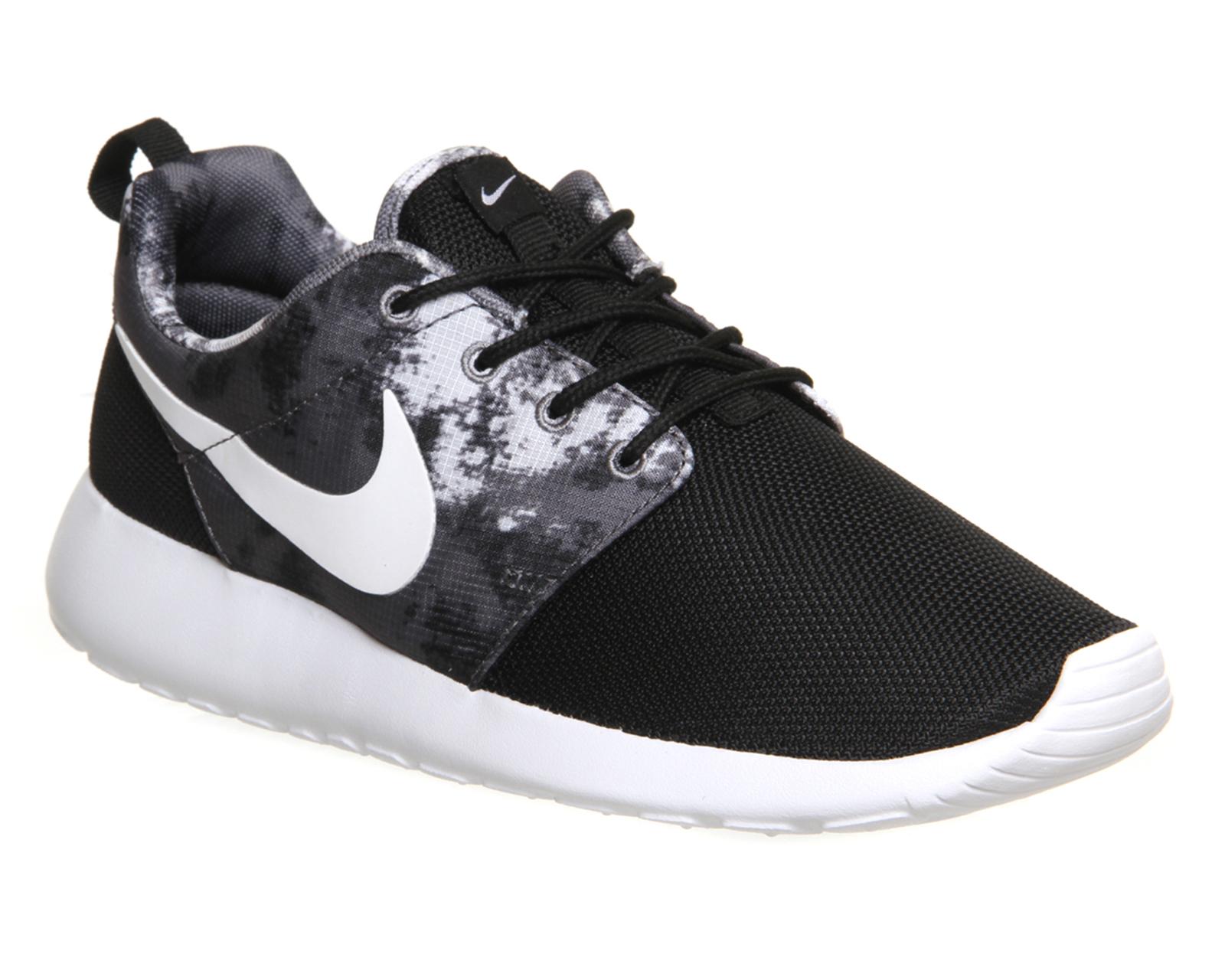 c4ec71ad87ce9 Nike Roshe Run Black White Cool Grey Print - Unisex Sports