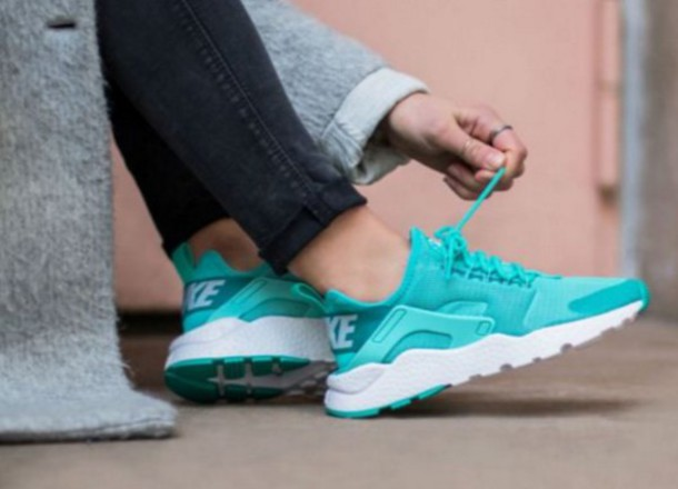 nike huaraches girls