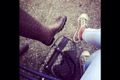 shoes,gucci,bag,handbag,brown,sneakers,boots,wellies