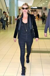 shoes,top,ankle boots,kate moss,all black everything,jeans,blazer,sunglasses