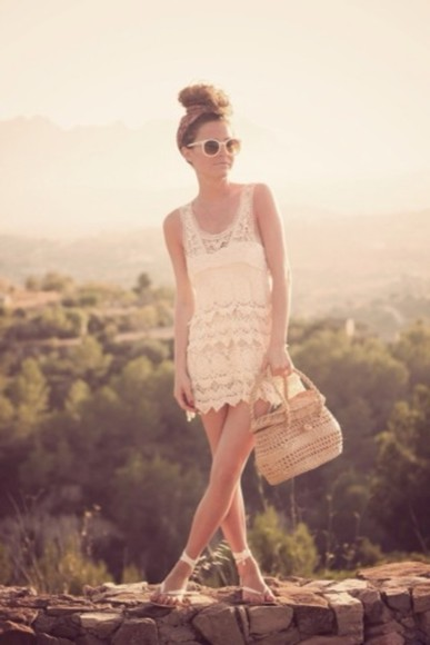 vintage dress hippie boho bohemian boho style flower headband boho dress clothes lace dress clothing bag sunglasses tumblr clothes pinterest shoes