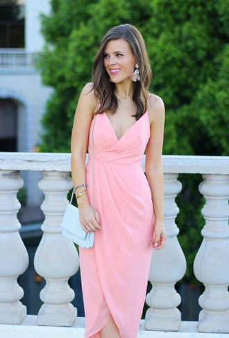 blogger dress shoes jewels bag pink dress