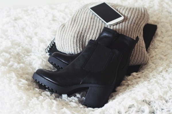 shoes boots black modern booties chunky chunky heels