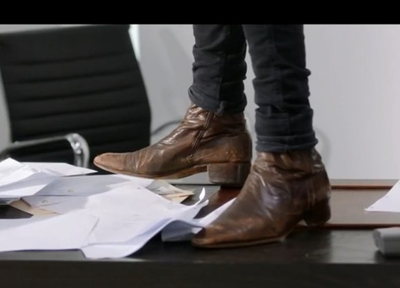 shoes skinny jeans black skinny pants classic t shirt white brown onedirection harry styles