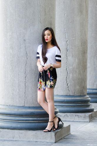 tlnique jewels skirt t-shirt shoes