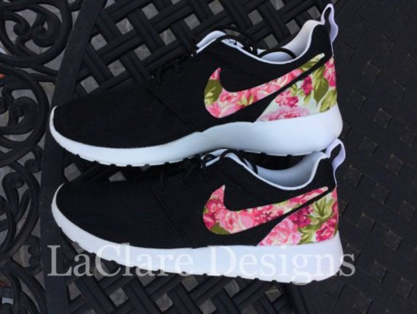 71ffad2be4b0 shoes nike roshe run floral nike shoes black   floral nike roshe run nike  running shoes