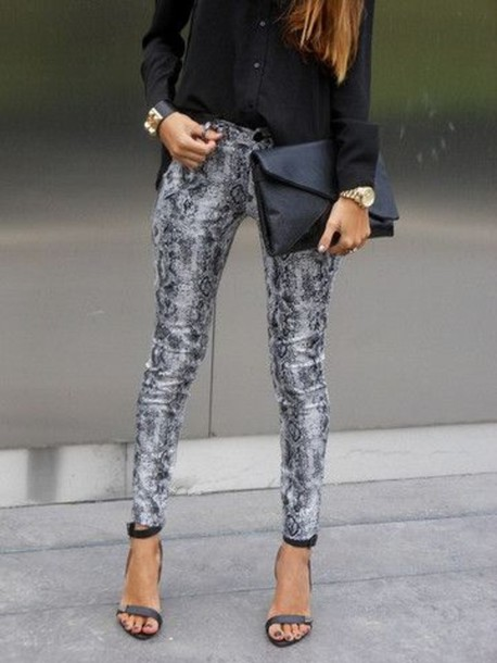 black white printed pants - Pi Pants