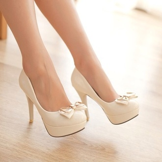 shoes high heels heels nude high heels beige high heels bows bow bow heels heel high white heels white cute girly elegant cute high heels girly heels lovely formal prom shoes pearl white bow high heels beige shoes gold heels exactly like this
