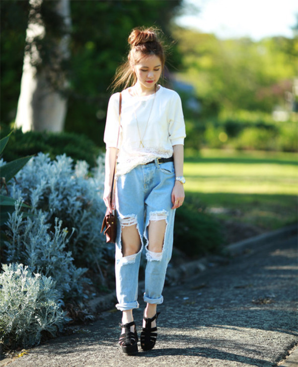 chloe ting blogger jeans top bag jewels ripped jeans