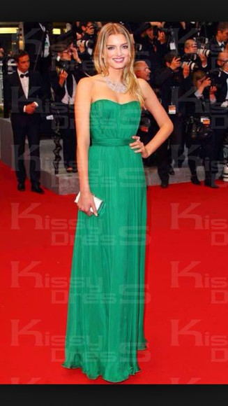 floor length maxi dress ball gown emerald green model style red carpet pleated