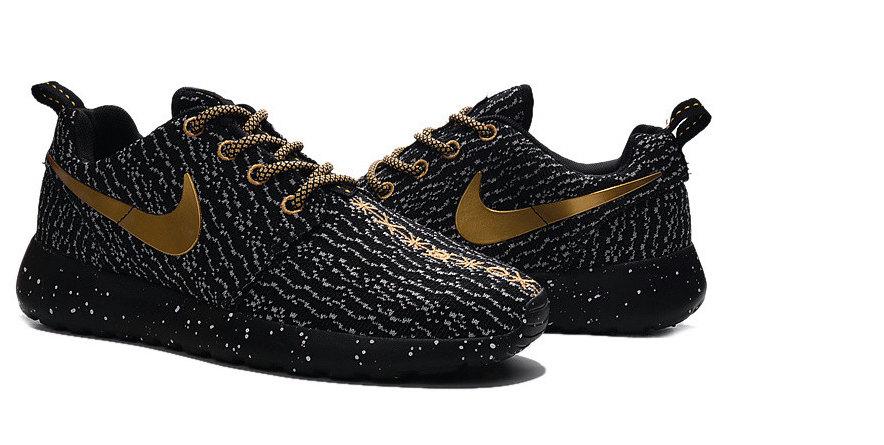 e26f7239f9ff91 Nike Roshe Run women Gold Black