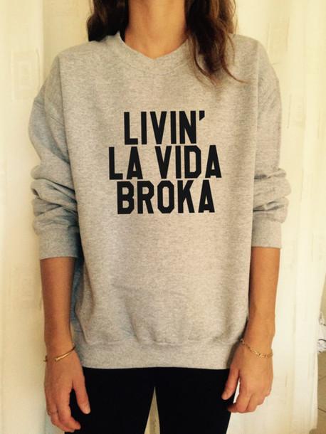 t-shirt sweatshirt