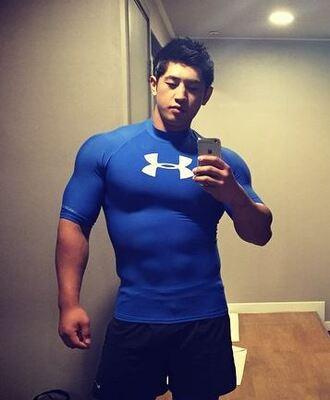 shirt fitness muscle mania musclemania menswear mens t-shirt under armour
