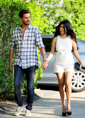 shorts kourtney kardashian top bag shoes