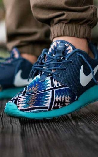 shoes nike roshe run aztec blue nike aztec roshe run