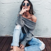 sweater,grey sweater,off the shoulder,loose fit sweater,ripped jeans,cute outfits,sunglasses