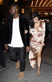 dress,wrap dress,kim kardashian,silk