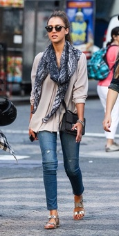 top,scarf,jessica alba,printed scarf,jeans,shoes,sandals,flat sandals,Silver sandals,silver low heel sandals,blue jeans,grey top,long sleeves,bag,black bag,sunglasses,celebrity style,celebrity,rayban