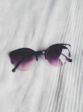 sunglasses,black,plum,violet,hot,summer,bikini,cute dress,cat eye,make-up,accessories,sexy,luxury,cute,glasses,hipster,fashion,faded,purple sunglasses,black to purple,purple