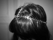 romantic,precious,white jewels,grey jewels,jewels