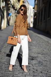 sweater,tumblr,camel,camel sweater,bag,brown bag,pants,white pants,sunglasses,work outfits,pumps,pointed toe pumps