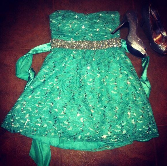 sea green dress dress homecoming sea green girl desperate date love perfect homecoming dress beautiful instagram high school