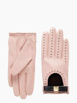 gloves baby pink valentines day gift idea